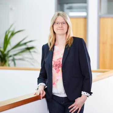 Dr. Karina Weber